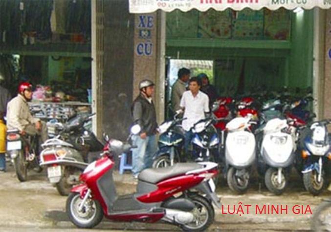 Người mua xe máy không trả hết tiền cho người bán xe