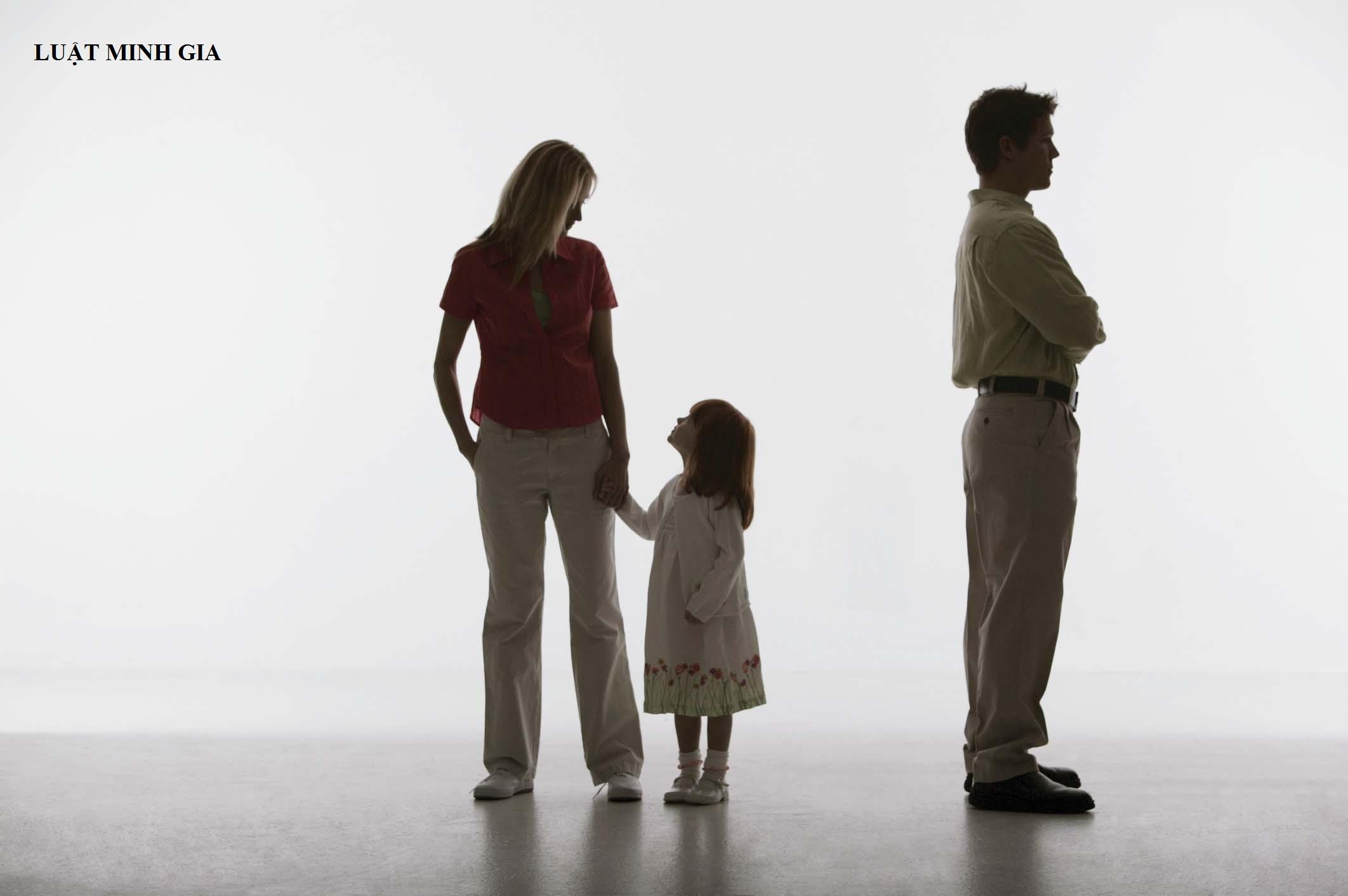 Tư vấn vấn đề giành quyền nuôi con sau khi ly hôn