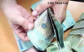 Muốn đòi lại tiền dùng vào mục đích xin việc có được hay không?