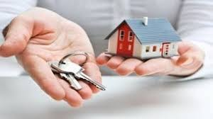 Hai bên trao đổi tài sản là căn nhà, một bên chết bên kia có phải trả tiền chênh lệch không?