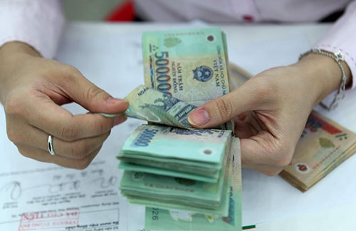 Điều kiện và cách tính để nâng lương trước thời hạn