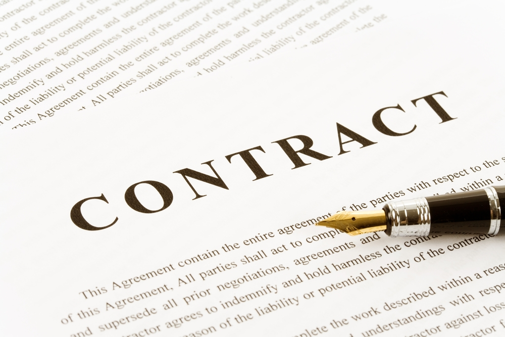 Trách nhiệm của bên bán khi không thực hiện đúng thỏa thuận trong hợp đồng thương mại