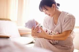 Hết thời gian nghỉ thai sản nhưng công ty chưa sắp xếp công việc cho NLĐ giải quyết như thế nào?
