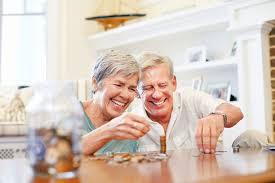 Điều kiện hưởng lương hưu và cách tính mức lương hưu hằng tháng?