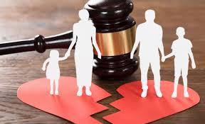 Sống chung như vợ chồng không đăng ký kết hôn có cần phải làm thủ tục ly hôn không? (ẩn)