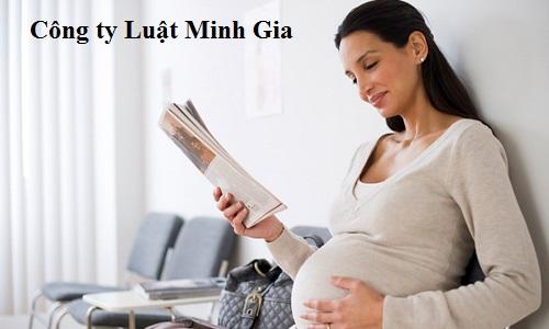 Chuyển người lao động mang thai làm công việc khác.