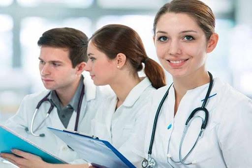 Tiền lương của viên chức ngành y tế khi được cử đi học tập tính như thế nào?