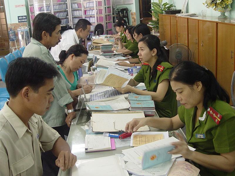 Thủ tục đăng ký thường trú tại Thành phố trực thuộc trung ương thực hiện như thế nào?
