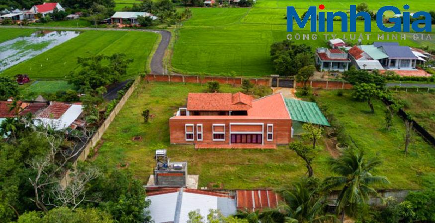 Xây dựng nhà trông coi vườn trên đất nông nghiệp. Thời hạn sử dụng đất nông nghiệp lâu dài.