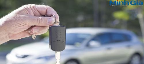 Đăng ký sang tên xe ô tô khi đã mua bán qua nhiều người?